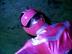 Power Rangers Time Force, Pink Power Rangers, Ufo Tv Series, Mary Jane Watson, Memes, Inspector Gadget, Girls Characters, Style Icons, Cute Girls
