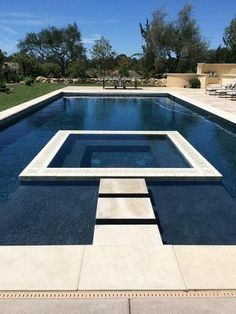 Everybody loves luxury swimming pool styles, aren't they? Below are some top list of high-end pool picture for your inspiration. These dreamy pool design concepts will change your yard into an outdoor oasis. Backyard Pool Landscaping, Backyard Pool Designs, Swimming Pools Backyard, Swimming Pool Designs, Pool Decks, Infinity Pool Backyard, Backyard With Pool, Swimming Ponds, Landscaping Ideas