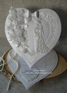 Easel Heart Wedding Card.