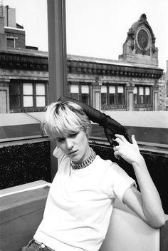Mackenzie Davis on Bobby Whigham Shes Beauty Shes Grace, Mackenzie Davis, Shot Hair Styles, Canadian Actresses, Music Film, Just Girl Things, Woman Crush, Bobby, Hair Makeup