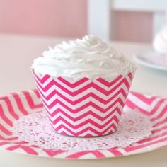 Chevron Hot Pink Cupcake Wrappers