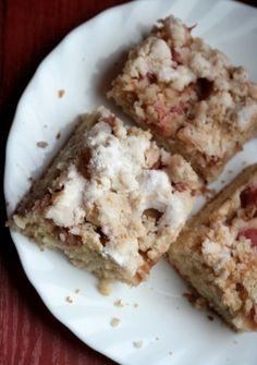 Ciasto ucierane z rabarbarem  (Emilia Wańczyk)