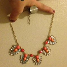 Nordstrom necklace in perfect condition  make me an offer!!! bp Jewelry Necklaces