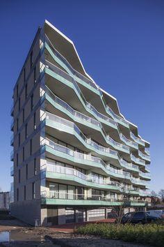 Image 1 of 12 from gallery of Nieuw Leyden Block / Arons en Gelauff Architecten. Photograph by Luuk Kramer