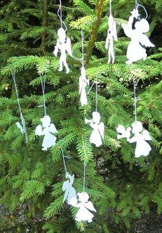 Hvide engle med snor