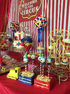 Circus / Carnival Birthday Party Ideas   Photo 2 of 10 #Circus
