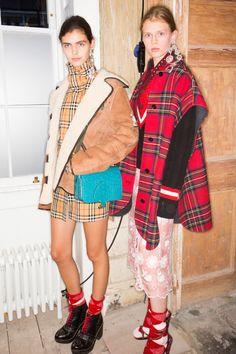 Burberry Fall 2017 Ready-to-Wear Fashion Show Beauty
