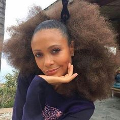 Black Hair Styles — accras: Actress Thandie Newton - Hair & photo by. Best Natural Hair Products, Natural Hair Tips, Natural Hair Journey, Natural Hair Styles, Natural Curls, Black Girls Hairstyles, Afro Hairstyles, Wedding Hairstyles, Black Power