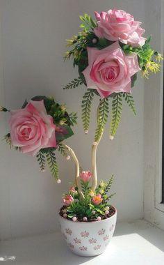 Handmade Small Peach and Cream Giant Paper Flowers, Big Flowers, Beautiful Flowers, Topiary Centerpieces, Teacup Crafts, Diy Y Manualidades, Nylon Flowers, Handmade Flowers, Ikebana