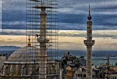 Repairing the minaret. Laleli area, Istanbul.