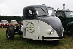 Mechanical Horse, Reverse Trike, Old Commercials, 3rd Wheel, Commercial Vehicle, Big Trucks, Old Cars, Tractors, Antique Cars