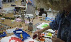 Viel Platz und individuelle Begleitung in den Kunst Kursen