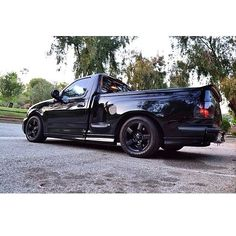 Very nice Blacked out Ford F-150 SVT Lightning