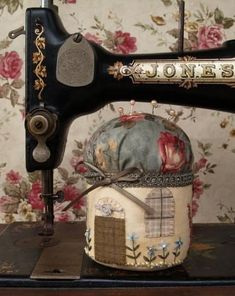 Sewing Machine Quilting, Machine Quilting Designs, Machine Embroidery, Quilting Ideas, Box Patterns, Sewing Patterns For Kids, Sewing Ideas, Sewing Projects, Diy Sewing Table