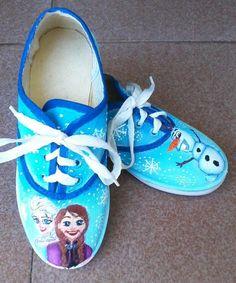 FROZEN. Zapatillas pintadas a mano.