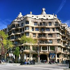 Even if architecture isn't your thing, Gaudí's trippy Casa Milà (or La Pedrera, the quarry) on Passeig de Gràcia is a must-see. The house's undulating face, lack of right angles, and surrealistic flourishes—twisted ironwork, chimneys shaped like soldiers—raised eyebrows when it was completed around 1912 but is now considered one of Gaudí's greatest achievements.