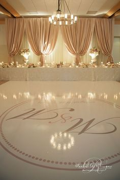 Simple elegant backdrop wedding ideas pinterest backdrops love the colouring of the back drop wedding decor toronto rachel a clingen wedding junglespirit Gallery