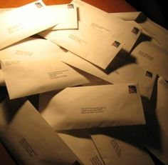 How to write a query letter to pitch your book to agents and publishers.
