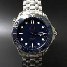 Omega Seamaster 300m Blue Ceramic. #watchporn #watchmania #wristwatch #watchoftheday #timepiece #secondhand #instawatch #secondoriginalwatch #jamtanganseken #preownedwatch #luxurywatch. www.mulialegacy.com