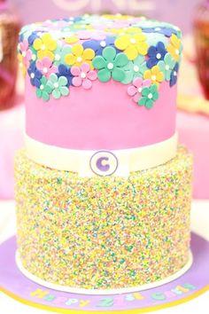 Sprinkle flower cake #sprinkle #flower #cake
