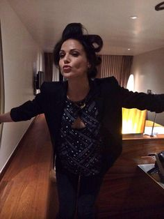 Lana Parrilla in Brazil. Ever After - Once upon a time - rio de janeiro