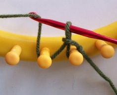 Loom Knitting: Cable Cast On