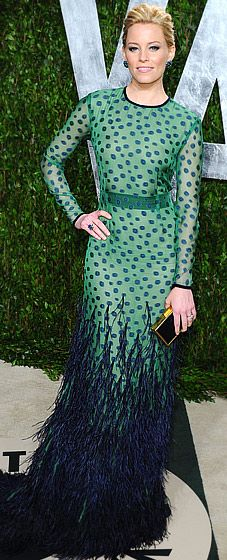 Elizabeth Banks, I actually like this dress on her. Not on me.