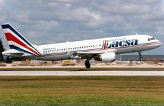 Un A320 con los colores de la extinta aerolinea costarricense LACSA. Estos fueron los ultimos aviones incorporados antes de ser absorbida por TACA