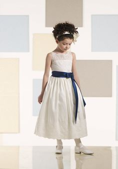 Lace flower girl dress for a wedding, ivory or white flower girl dress sizes 12 months - 5T on SALE.