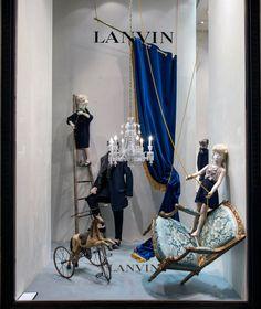 Mini theatre window shop at Lanvin. Retail Wall Displays, Visual Merchandising Displays, Store Window Displays, Visual Display, Shop Displays, Lanvin, Retail Windows, Shop Windows, Window Display Design