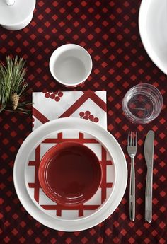 Kick off för julen Marimekko - Välkommen hem Christmas Design, Red Christmas, Xmas, Scandinavian Living, Scandinavian Interior, Winter 2017, Fall Winter, Norwegian House, Alvar Aalto