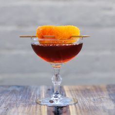 A foundational American cocktail. The name of which is not easily traced to the populous island where it is often enjoyed. This elegant drink requires a gentle