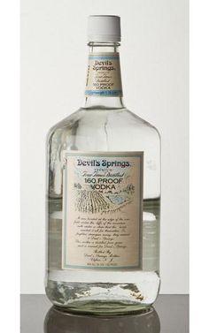 Devil Springs Vodka – это «двойная водка» из Нью-Джерси. Она ровно в два раза крепче привычной нам, славянам, огненной воды.