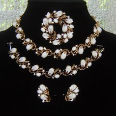 Vintage Trifari Pebble Beach White Thermoset Rhinestone Necklace Bracelet Pin Earrings AD Set http://www.rubylane.com/item/458687-RL-843/Vintage-Trifari-Pebble-Beach-White