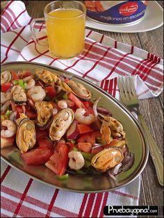 Hoy os preparamos una receta de Salpicón de Marisco con Conservas Arlequín.Una receta de verano fácil y fresca para los días de calor.¡Mírala aquí!
