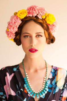 Lady Daylight ❀ Flower Maiden Fantasy ❀ beautiful art fashion photography of women and flowers – Fox & Rabbit floral crown Casco Floral, Flowers For Everyone, Coiffure Hair, Rose Vintage, Spring Racing Carnival, Floral Headpiece, Wedding Headdress, Mode Boho, Flowers In Hair