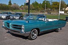 1966 Pontiac Bonneville 421 Tri Power