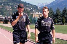 Zinedine Zidane and Didier Deschamps during their Juventus days.