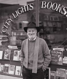 Lawrence Ferlinghetti at City Lights bookstore in North Beach.you can still imagine Kerouac and Ginsburg sitting there. Writers And Poets, Jack Kerouac Quotes, City Lights Bookstore, Lawrence Ferlinghetti, Books To Read, My Books, Roman, Beat Generation, Essayist