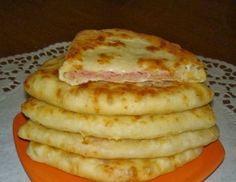 Сырные лепешки с ветчиной
