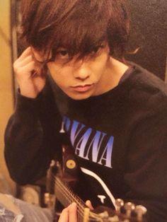 Nirvana Shirt! Nirvana Shirt, Takeru Sato, Rurouni Kenshin, Happy Boy, Japanese Boy, Actor Model, Asian Men, Actors & Actresses, Gentleman