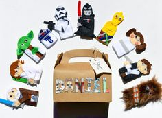 Star Wars finger puppets with personalized gift box. TinyPaperCuts   Check out this item in my Etsy shop https://www.etsy.com/listing/265034107/character-finger-puppets