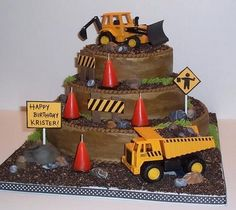 CONSTURCTION THEMED CAKES | construction theme birthday cake by The Icing on the Cake .