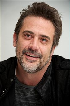 he's so cute... there's something about him that reminds me of DM... i think it's because he's JDM