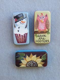 A little bit of pink, a little bit of Fall, a little bit of Winter...all in a Domino Pin Packet.  Enjoy!