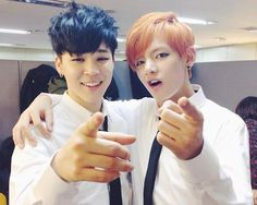 Are you two pointing at me? hehe