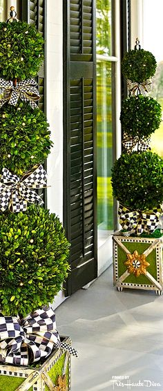 MacKenzie-Childs ♔ Très Haute Design Diva #topiaries