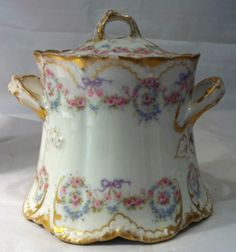 LOVE, Antique Theodore Haviland Limoges   France #330; Gold Rose Two Handled Covered Sugar