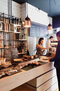 Bear Market Coffee est un coffe Shop situé à Dublin et réalisé par le cabinet d'architecture VAV Architects. L'objectif a été de créer quelque chose de totalement unique en s'adap…