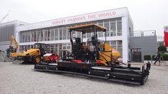 paver machinery for road construction - macchina asfaltatrice (Bauma 2013 - München; Fabrizio Panella)